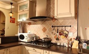 炉灶不能过于接近厨房门 厨房风水要讲究